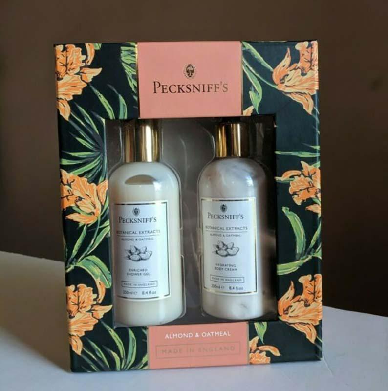 Pecksniffs Gift Set