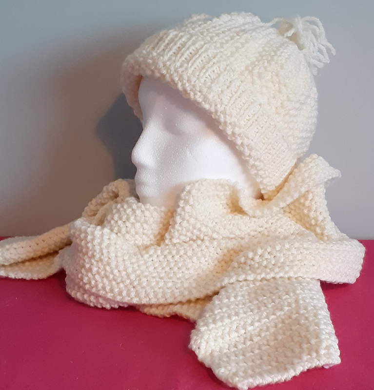 Cream Handknitted Hat & Scarf Set