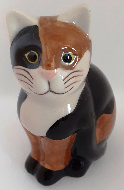 Quail Medium Ceramic Cat